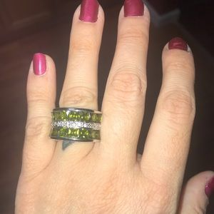 Jewelry - Silver and Green Ring